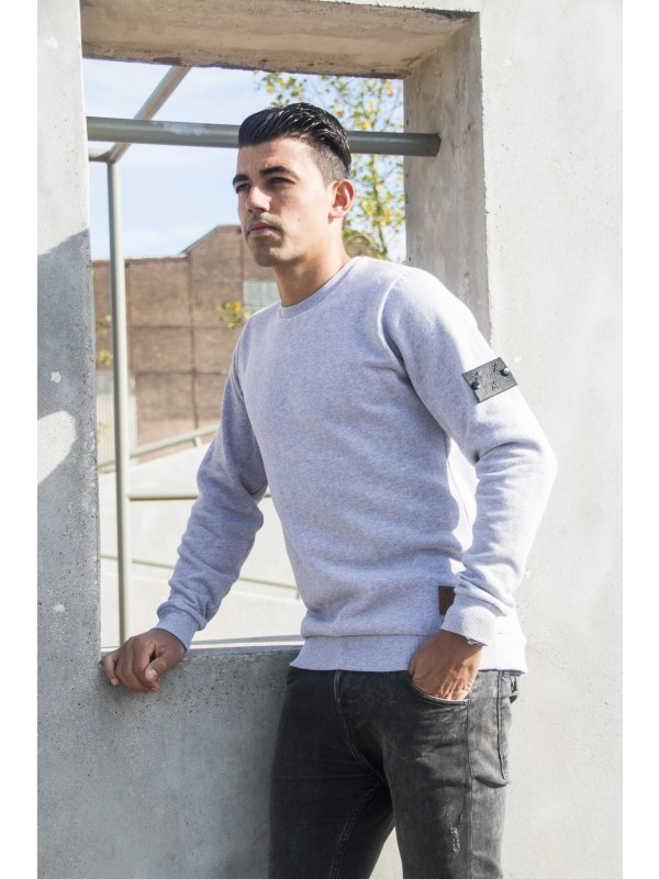 Sweater Grijs | Embleem Mouw Breda Zwart