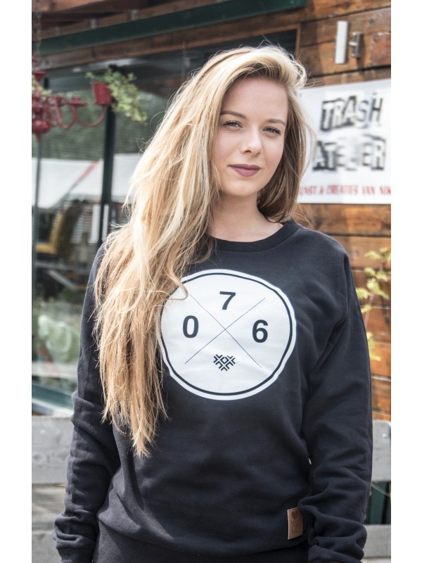 Sweater zwart | 076XXX wit