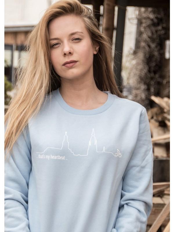 Sweater licht blauw | heartbeat wit