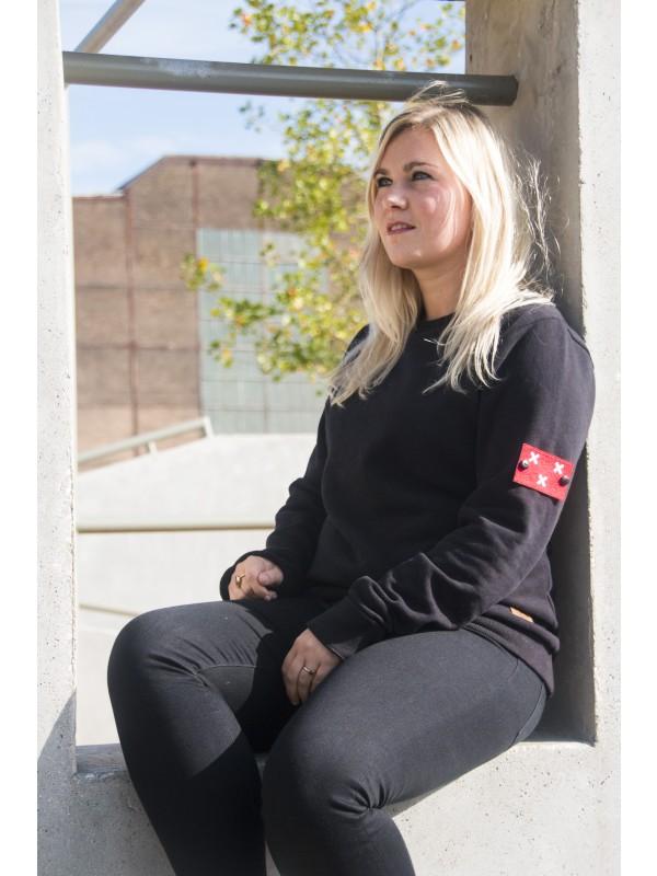 Sweater Zwart | Embleem Mouw Breda Rood